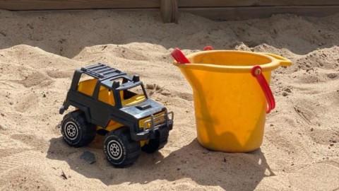 Touhula Pikku-Proffan hiekkalaatikko.
